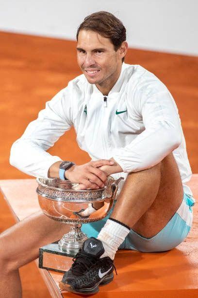 Rafael Nadal à annoncer cette après-midi son forfait pour le tournoi de Wimbledon en juillet et les jeux olympiques au mois d'août. Son entraîneur explique pourquoi.