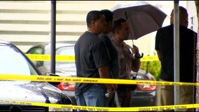 Hombre ataca con machete a dos niñas en  miami